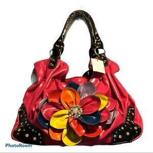 Handbags - NWT pink shoulder bag with ornate flower